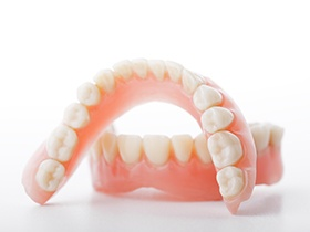 Set of full dentures